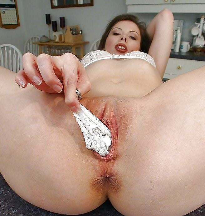 Lady dee gets her asian pussy stuffed with american cock