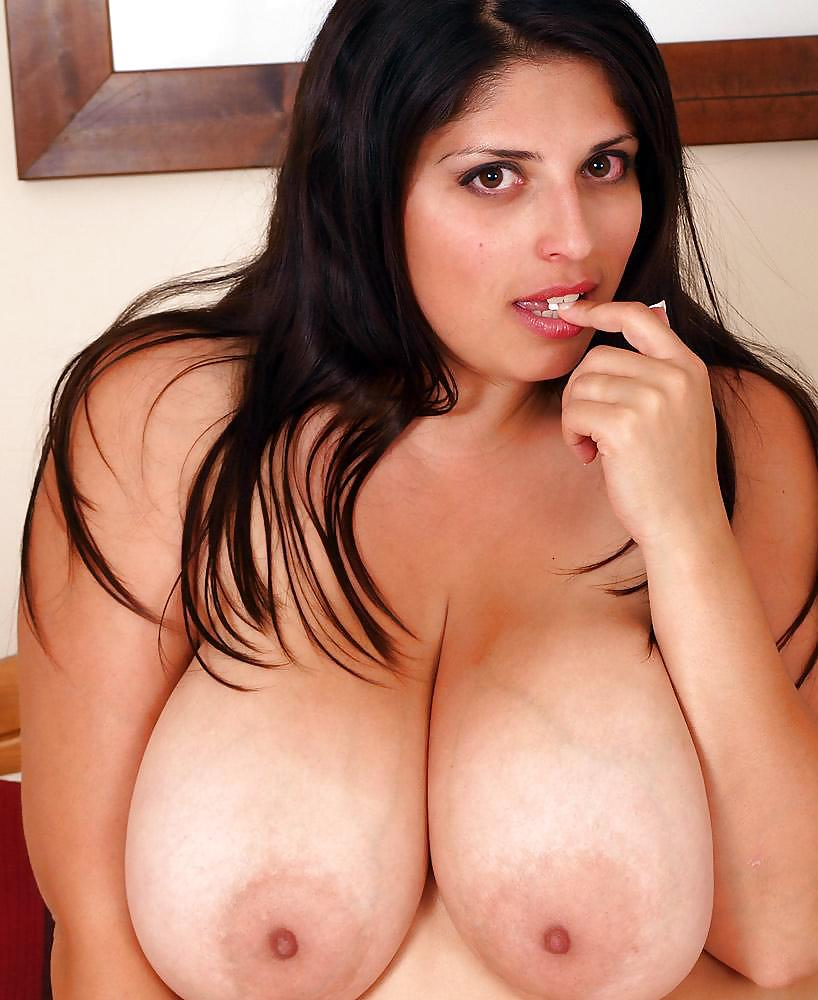 British busty kerry marie — img 4