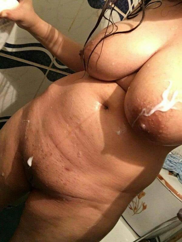 Camel moore amateur nude shower