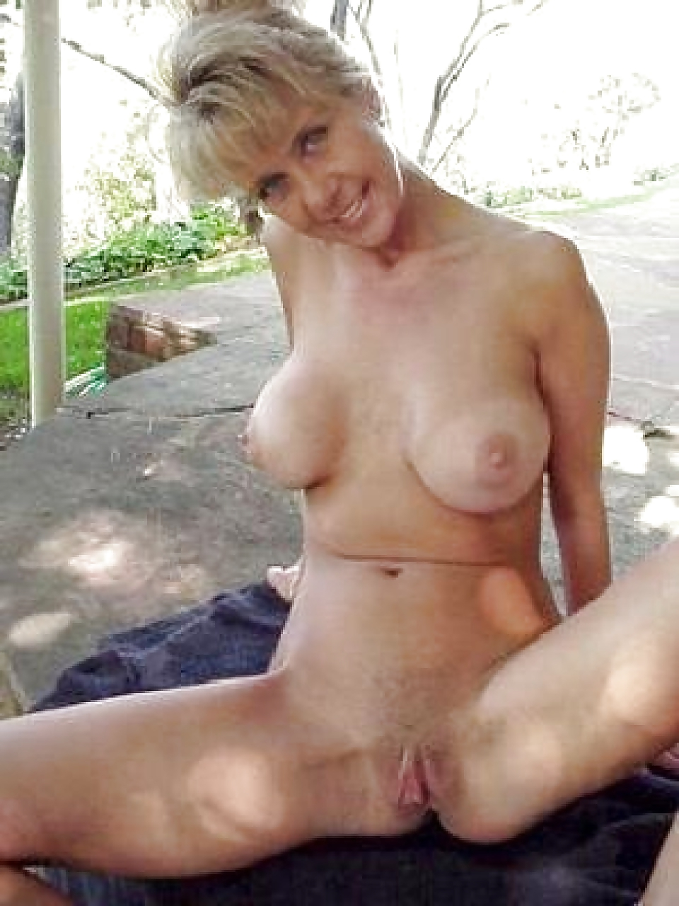 Naked german milf at home