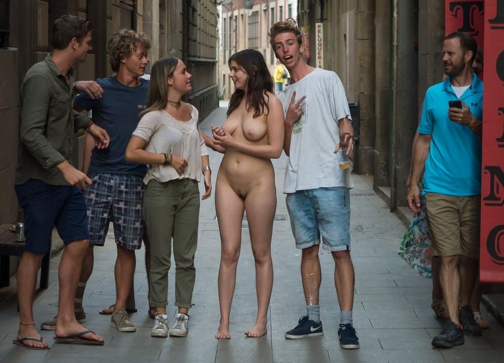 Horny Nude Men And Wimen