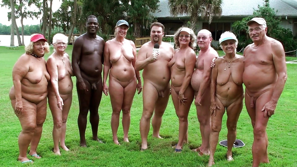 family-group-naked-photos