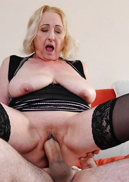 Maedchen Granny Pantyhose Rimmingsex