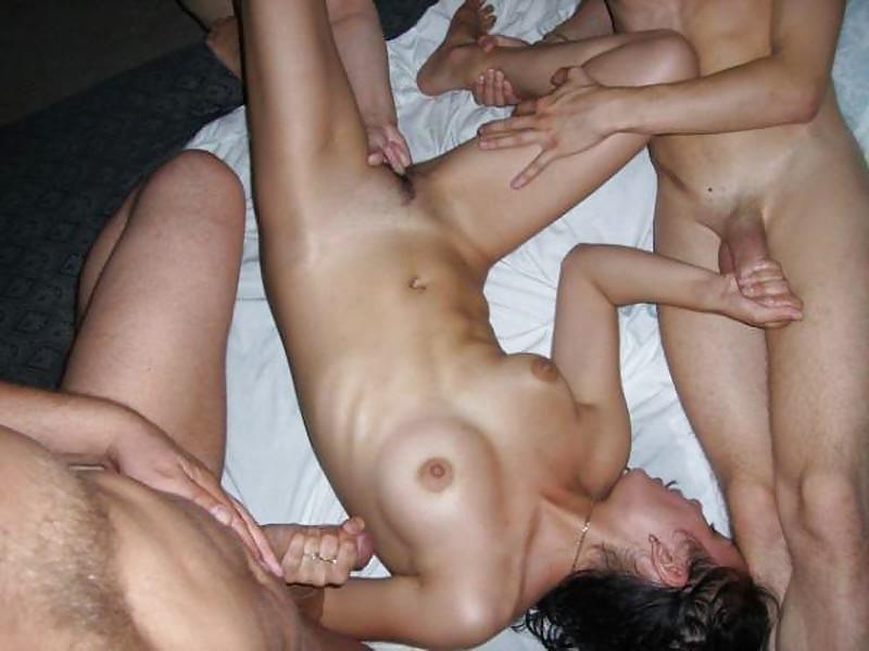 Порно в троем по пьяни домашнее подборка