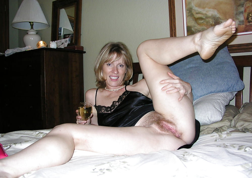 julaka-pics-mature-irish-whore-spray