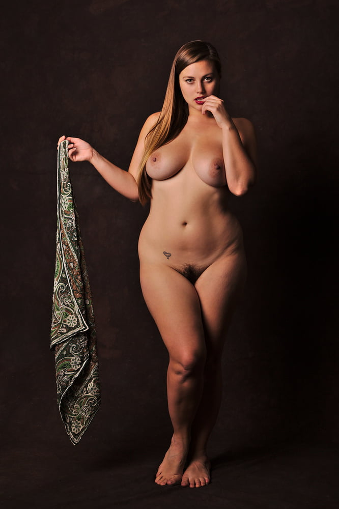 plus-size-shaven-pussy-girl-nude-sex-scandal-naked