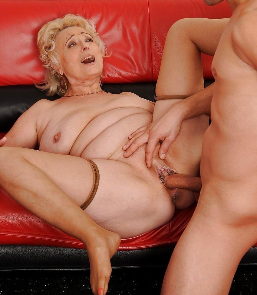 grannys-who-fuck-lesbian-video-streaming-big-tits