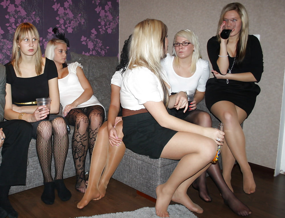 Party girls in pantyhose photos, video of orgasm demonstration