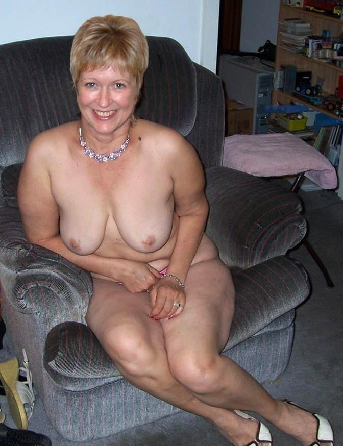 Смотреть фото голые пожилыми в контакте