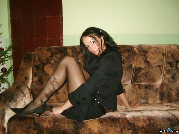 Фото домашнее фото русских жен дома за сексом в чулках фото
