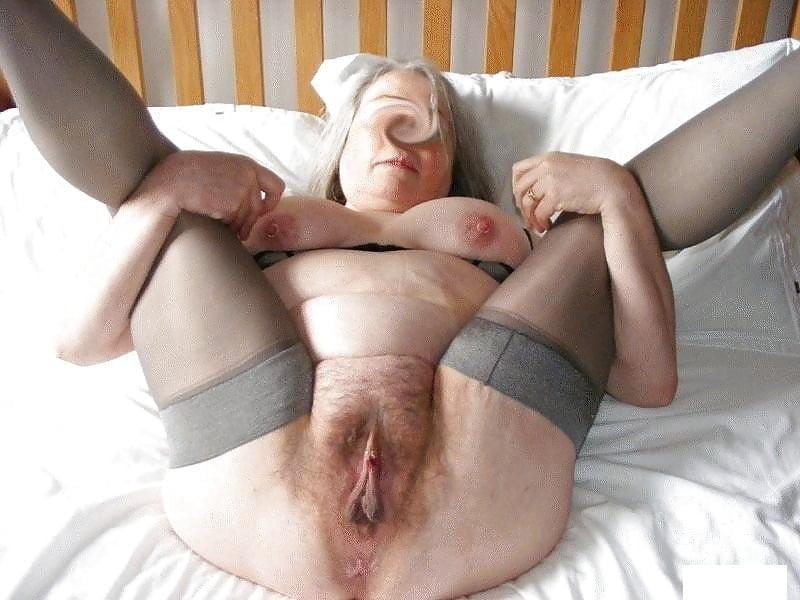 Old granny big pussy lips
