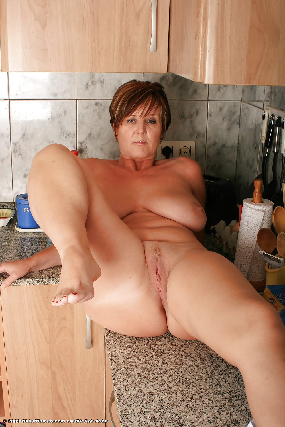mature puertorican moms naked