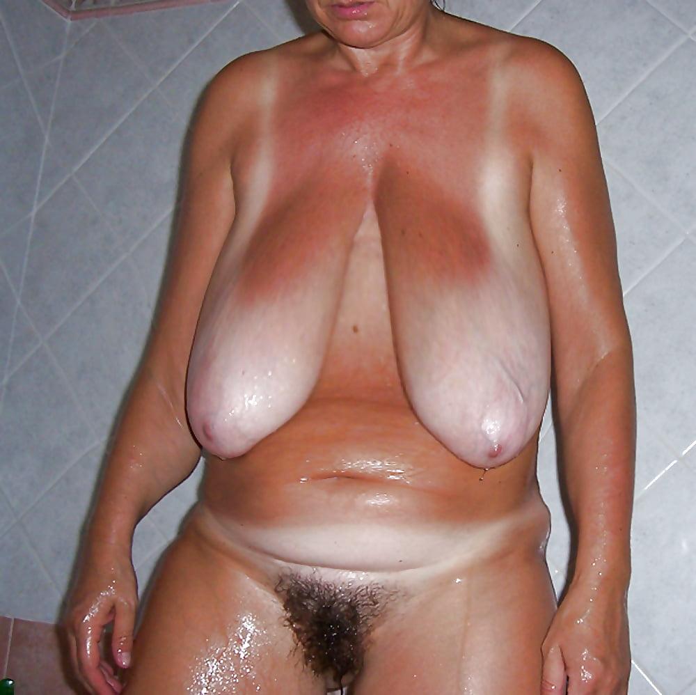 Mature saggy tits pictures, mature porn pics