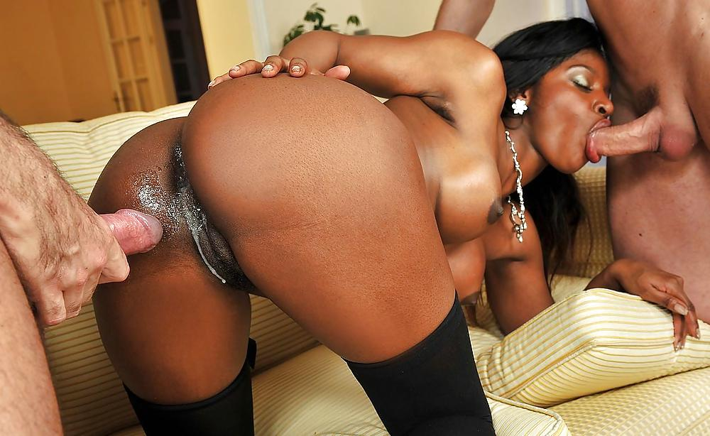 Ebony sex and face cum on