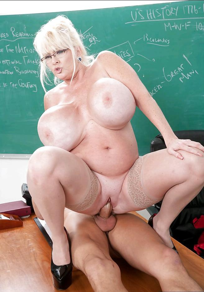 Mega Tits Gilf Super Slut Kayla - 61 Pics - Xhamstercom-6375