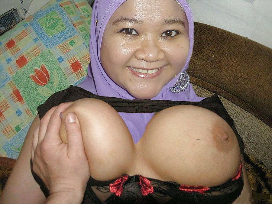 See and save as hot tudung malay girl big boobs naked porn pict