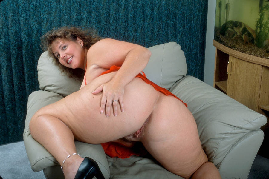 southern-charms-hillary-anal-granny-sex-pictures