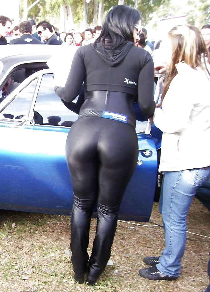 Showernaked men women in spandex showing ass gif