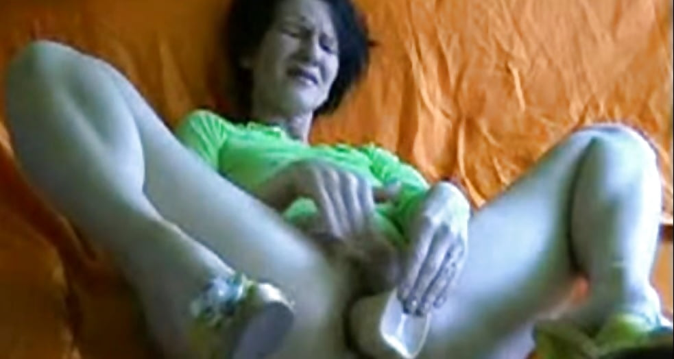 Show women having orgasms