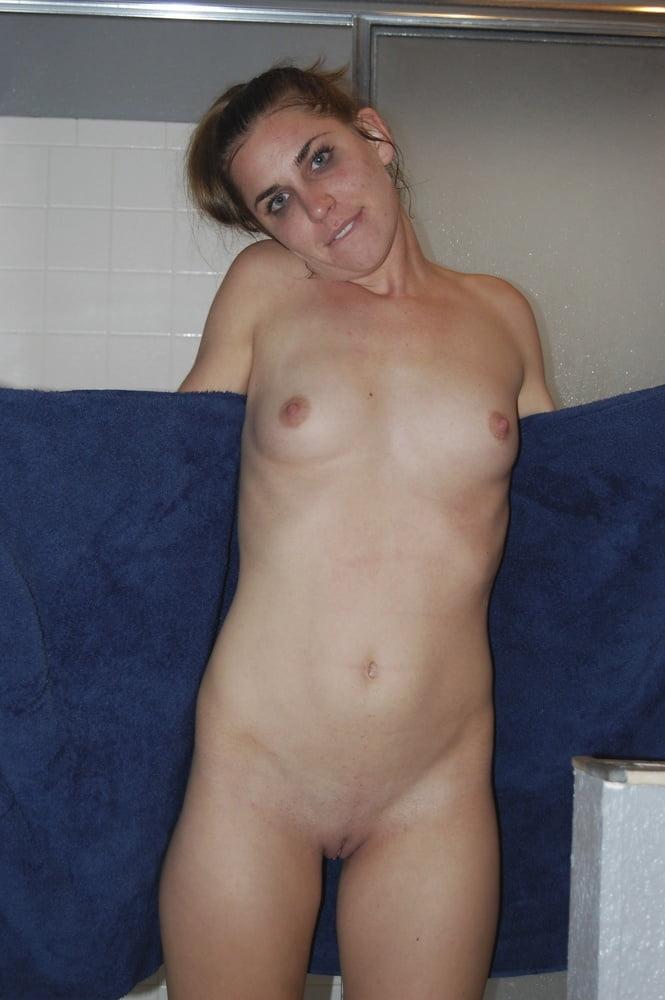 Video xnxx brunette-2098