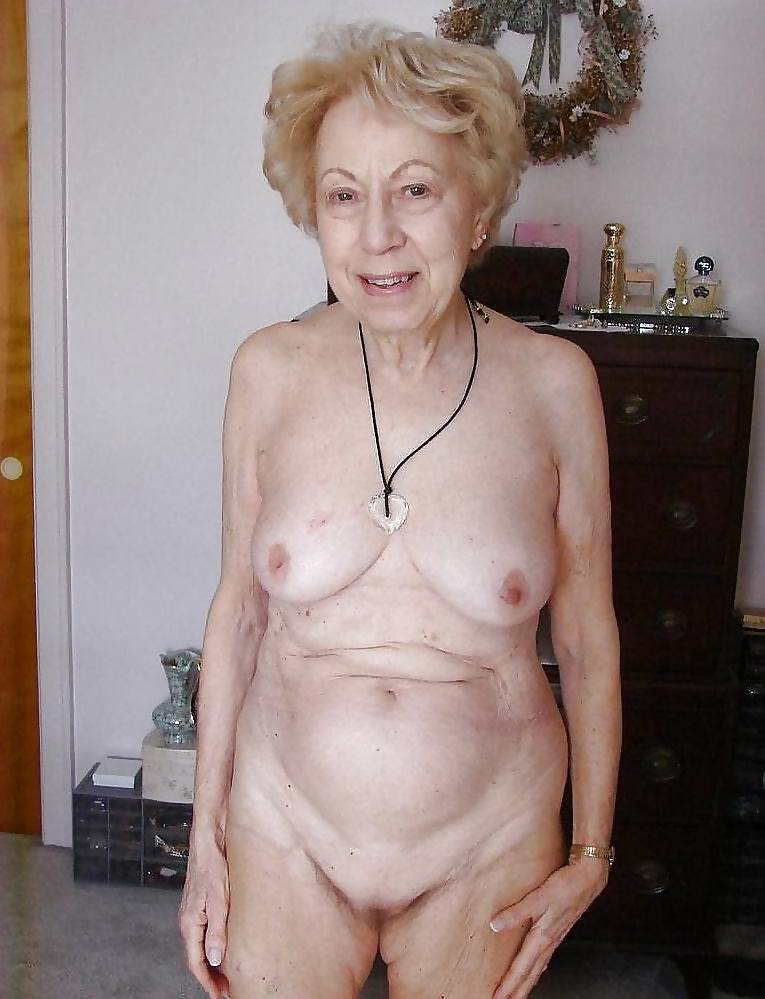 Naked Grannies - 26 Pics  Xhamster-3481