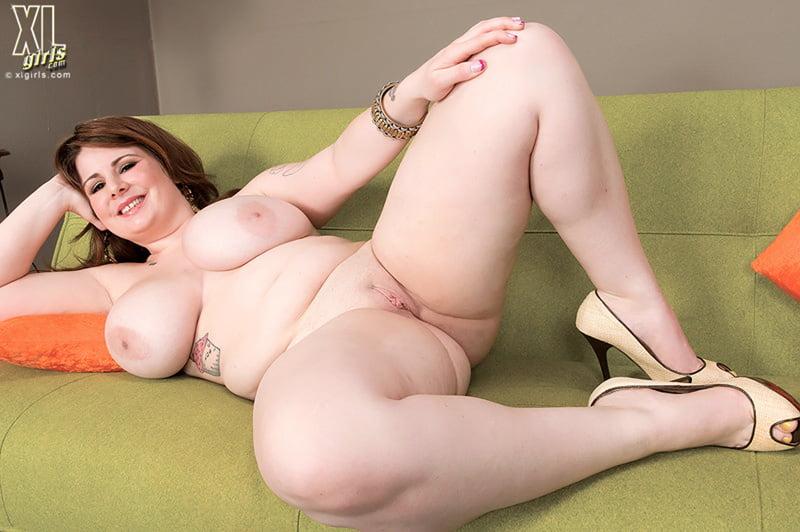 Big xl women nude photo