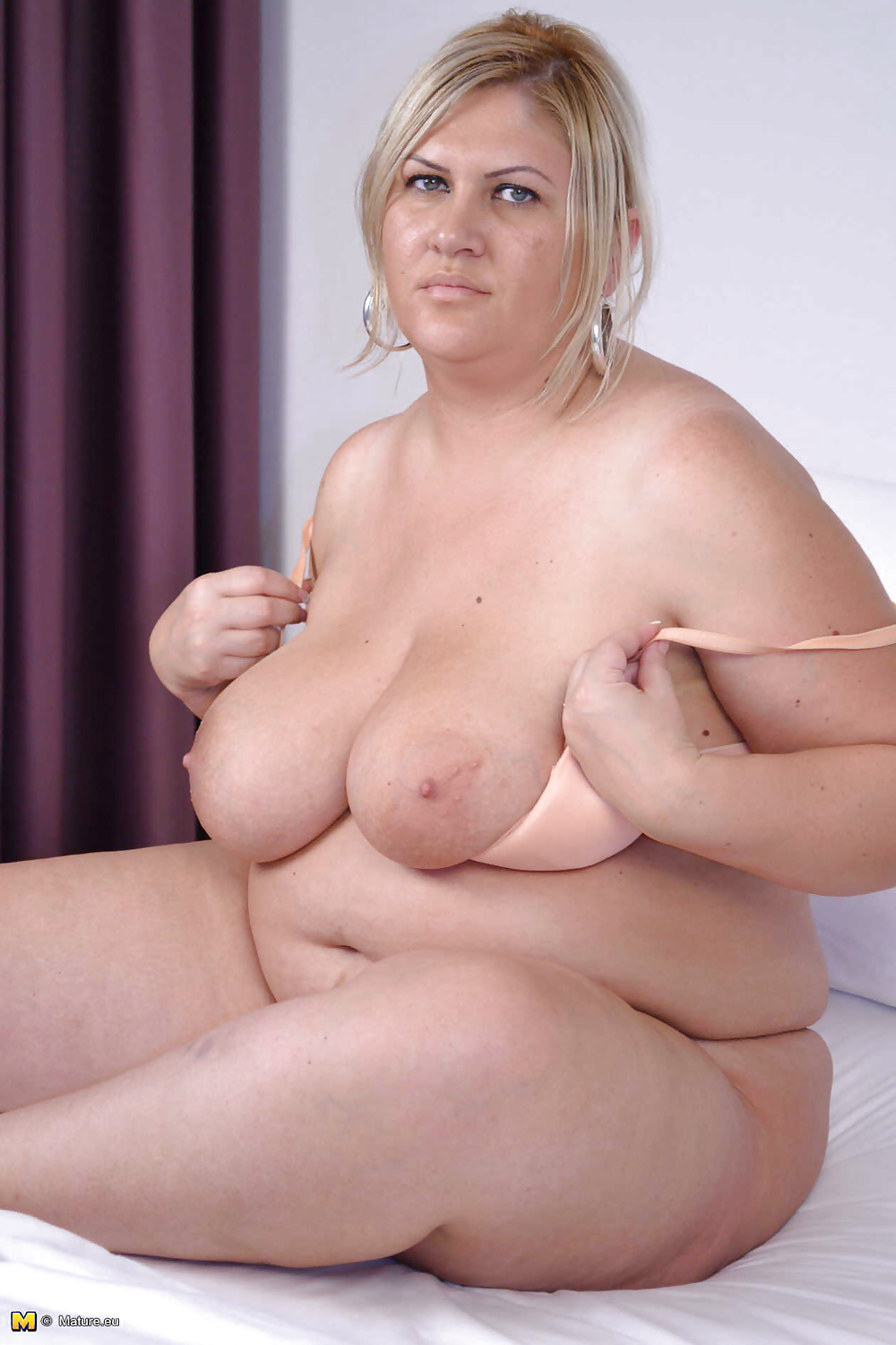 Hot fat mom naked — img 1