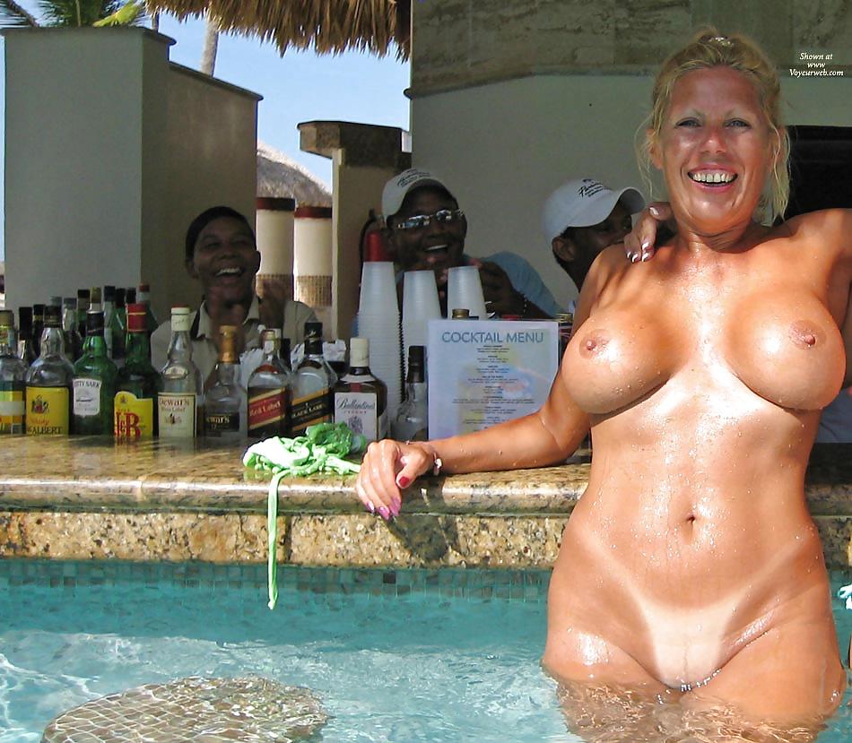Nudist resort pictures