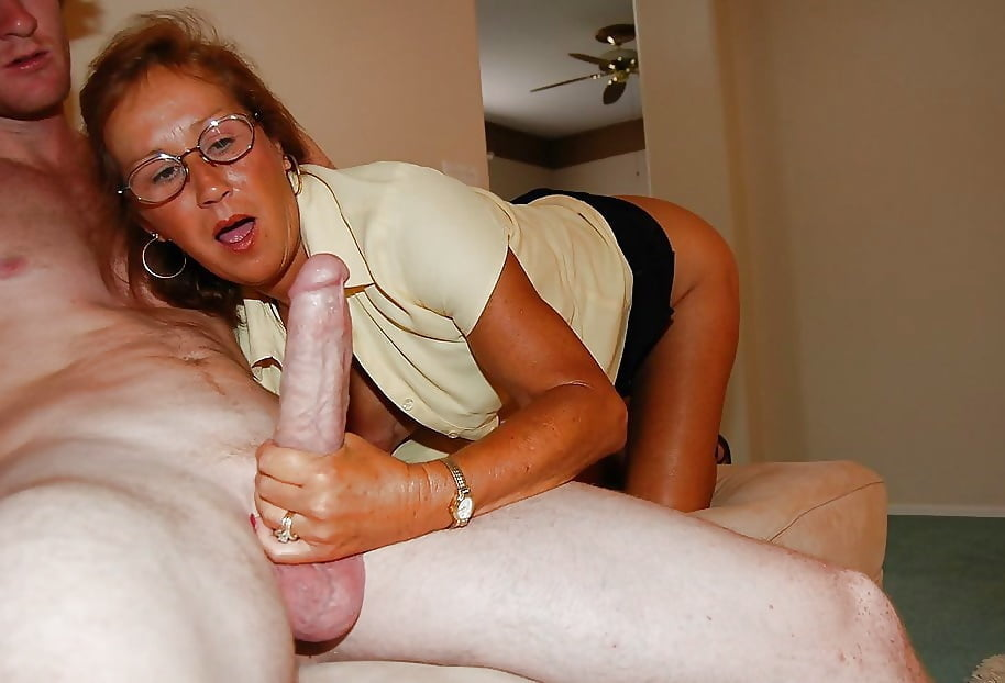 Bigtitted Horny Milf Loving Young Cock