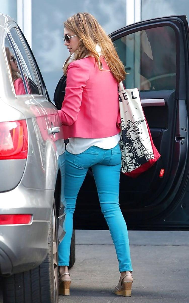jessica-alba-ass-in-jeans-xxxmoviesof-girl