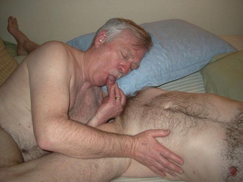 Very old nude grandpa