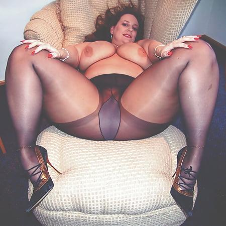 Bbw pantyhose piss stockings