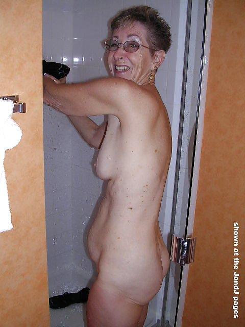 Omas Nacktfotos