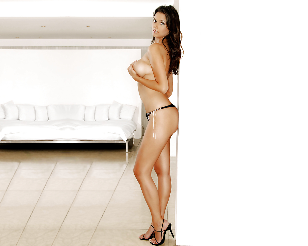 Raquel mero o nude