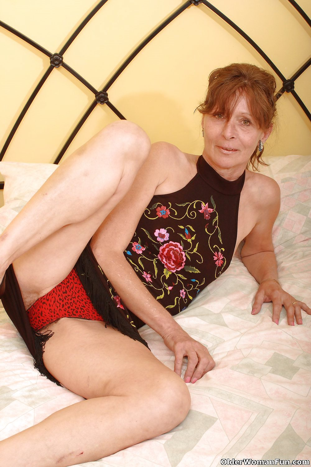 Vikki From Olderwomanfun - 12 Pics - Xhamstercom-5063