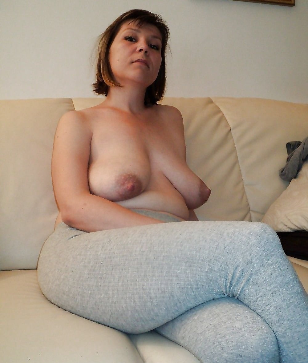 Amateur Wife Big Saggy Tits