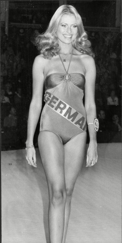 Dagmar Wöhrl  nackt