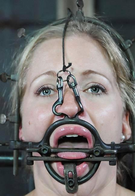 Breather ball gag trainer w nose hook