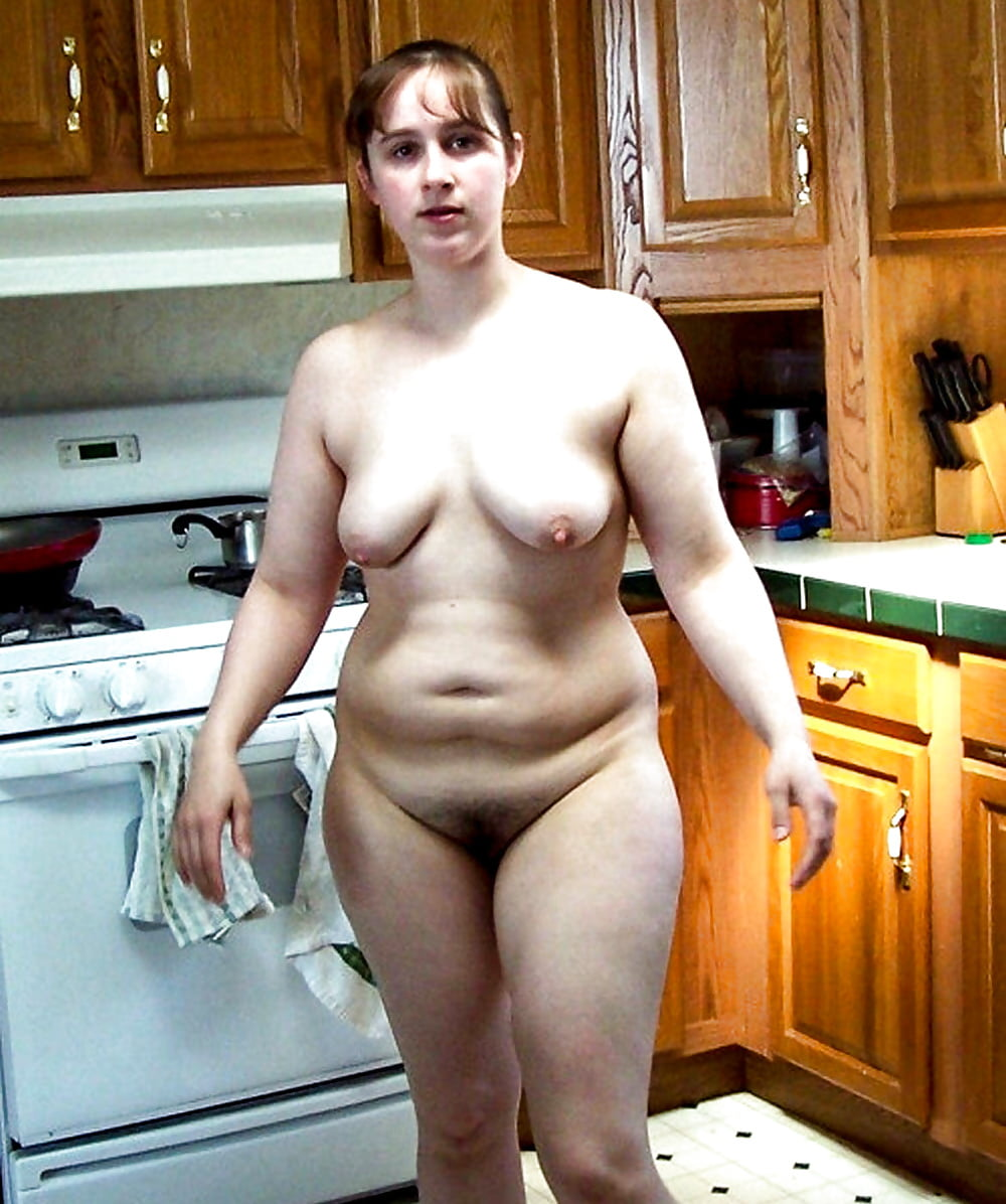 Angela Nude In The Kitchen