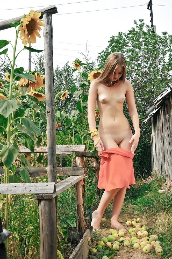 на садах полола грядки голой порно если