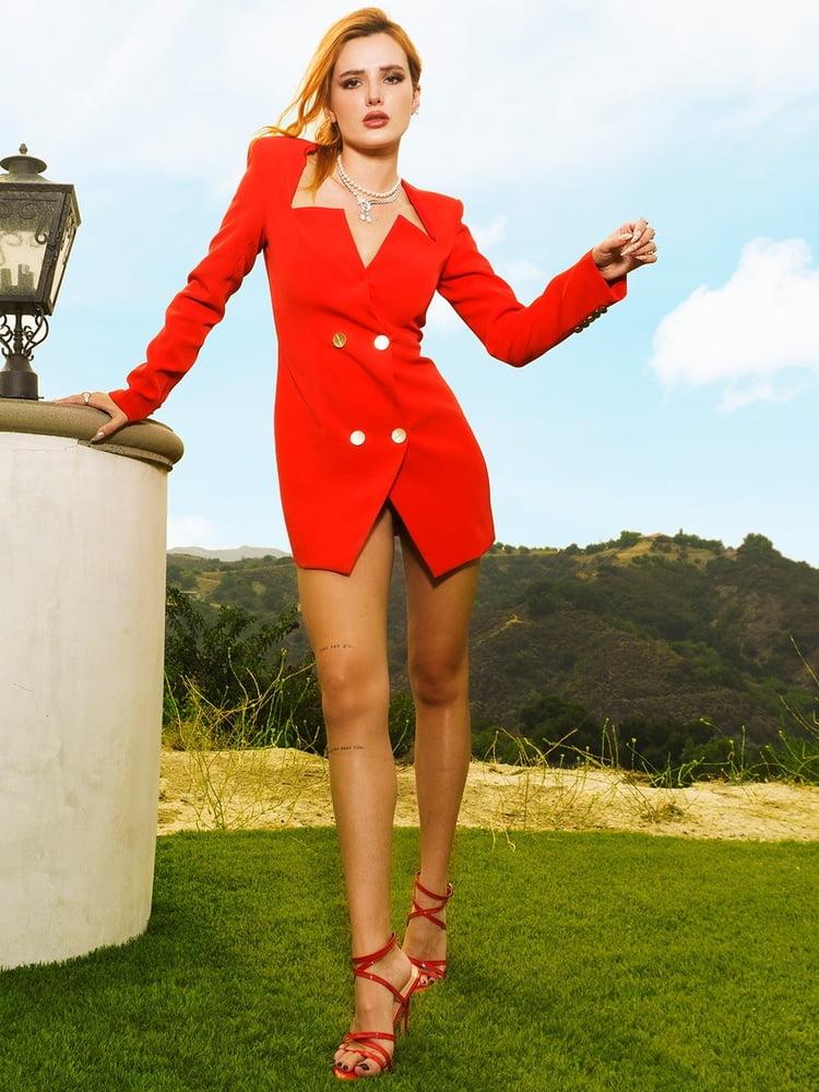 Sexy Bella Thorne - 142 Pics