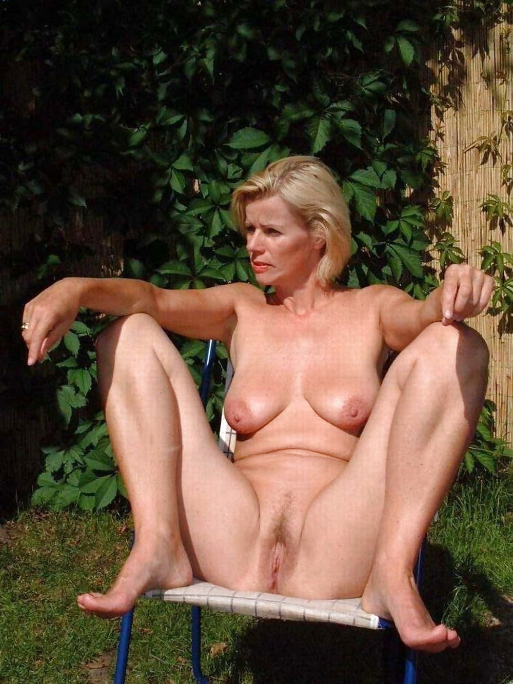 Natural nude older women — pic 10