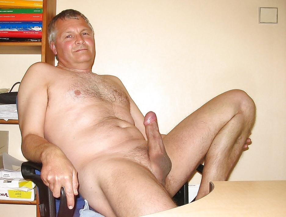 free-naked-mature-men-gallery-sledgehammer-my-wife-went-black