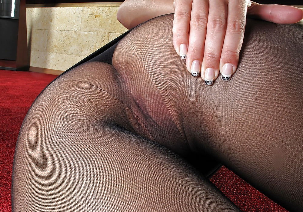 Fucking pic lusty pantyhose pussy fuck