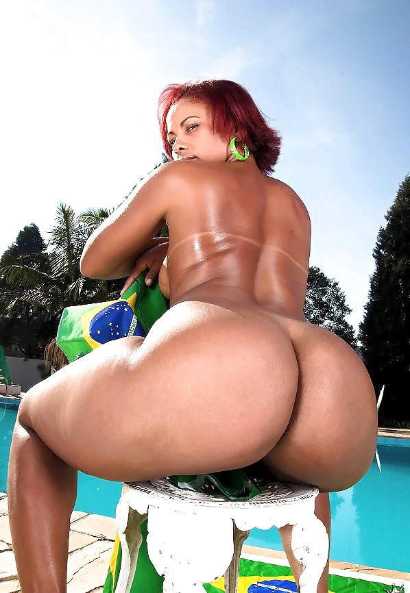 hot-brazilian-girls-naked-with-big-booty
