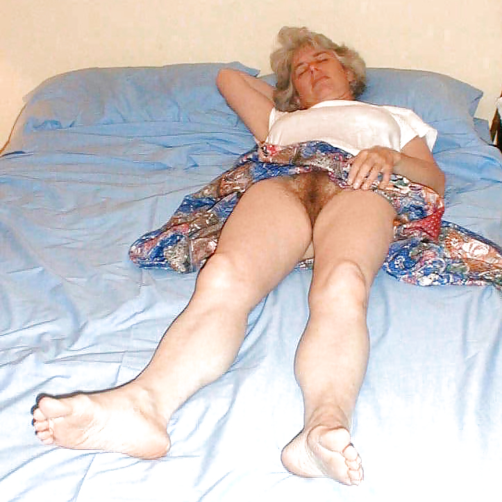 Lonely mature wants make love local