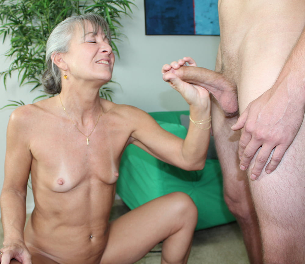 Free xxx handjob by mature trailer