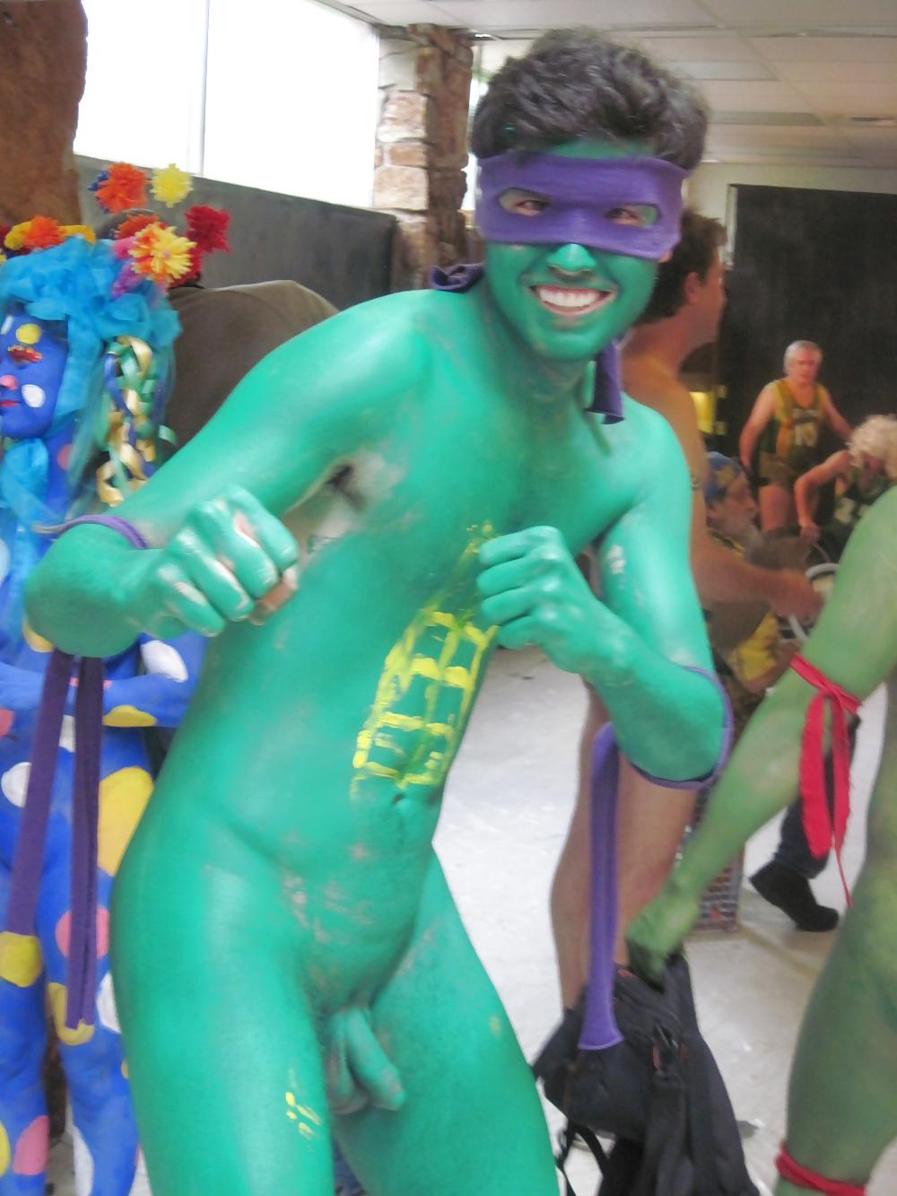 naked-bodypainting-boys-lindsay-lohan-nude-upskirt