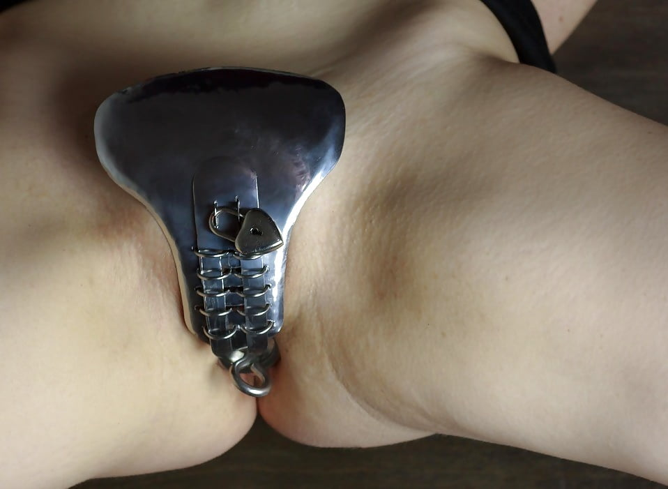 Any photos of piercing a vagina closed like in this pic