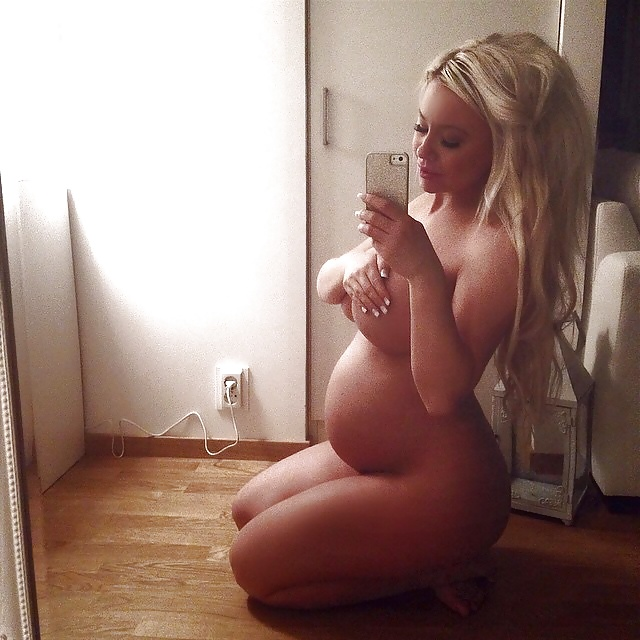 Pregnant nude self shots